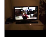 "LG 42"" TV, LED 3d with 5 pairs of glasses, better than LCD"