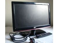 """LG 19LD350 flat screen 19"""" 720p HD with Freeview LCD Television, good condition"""