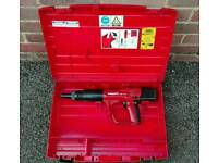 Hilti dx A41 professional stud nail gun with magazine