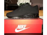 ALL BLACK AIRMAX 90s size 8 and 9 ONLY