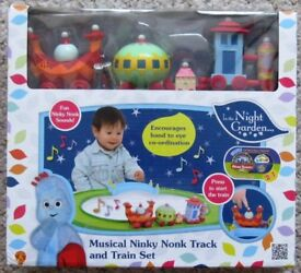 In the Night Garden - Ninky Nonk Musical Train set and Track - NEW and unused.
