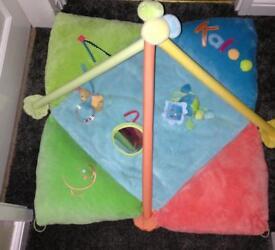 Kaloo Luxury Folding Playmat / Gym. Fab Condition