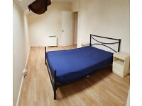 Spacious 1 Bedroom flat, Town centre, King Street