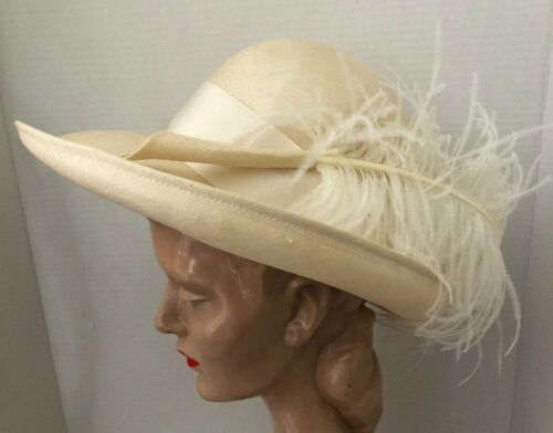 Vintage Ivory Straw White Ostrich Feather Adolfo Woman