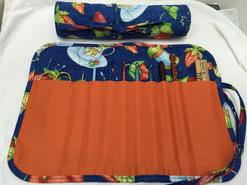 PINCUSHIONS & KITTEN handmade quilted crochet hook case holder cotton fabric