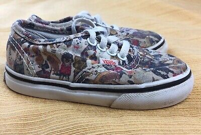 Vans ASPCA Cats and Dogs lace up sneakers baby toddler US 6 EU 22  721277