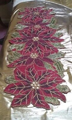 ChRISTMAS PoINSETTIA BEADED TaBLE RuNNER CENTERPIECE 36
