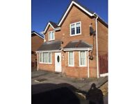 3 bed detatched TO LET. Rent. Oldham.