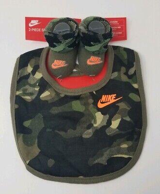 NWT New Nike Baby Boy Camo Bib & Booties Socks Set Newborn 0-6 Months