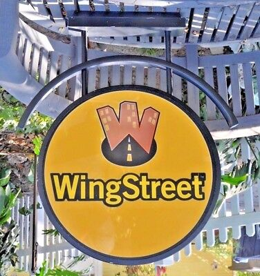 - LARGE Vintage WINGSTREET (Pizza Hut)  Lighted Sign, MAN CAVE HOT WINGS