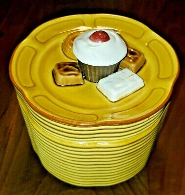 RARE Vintage Stacked Plates Cookie Jar Unmarked Cookies on Lid Biscuit Container