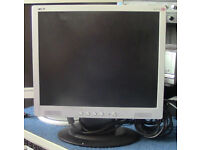 2 MONITOR SCREENS