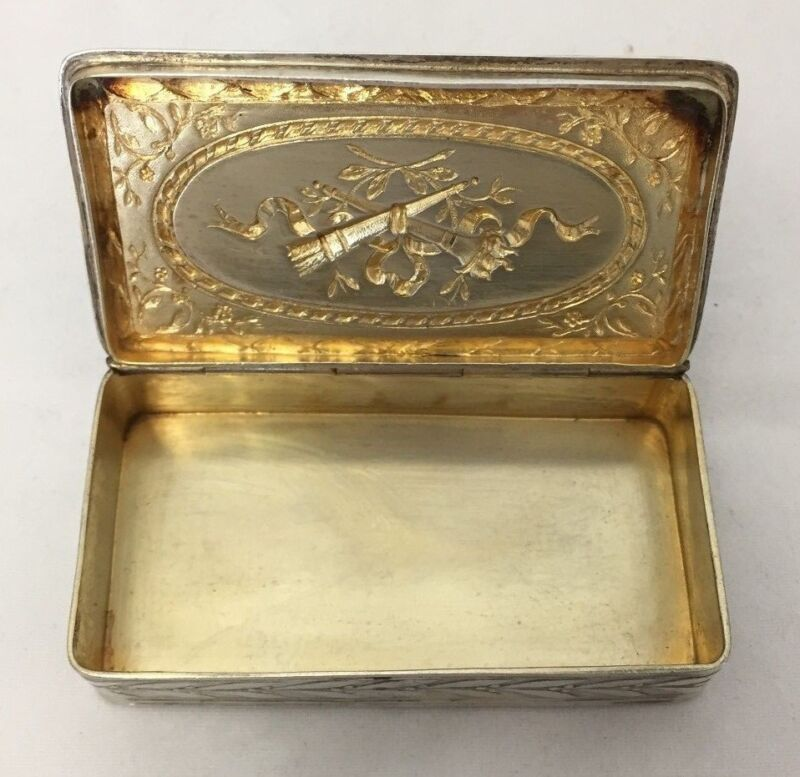 EMBOSSED REPOUSSE STERLING SILVER RECTANGULAR SNUFF ? BOX TORCH RIBBON DESIGN
