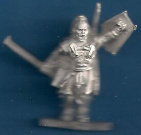 LORD OF THE RINGS - CAPTAIN LURTZ - MINT CONDITION - METAL