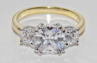 "9CT YELLOW GOLD & SILVER ""MEGHAN MARKLE"" REPLICA 3 STONE ENGAGEMENT RING size K"