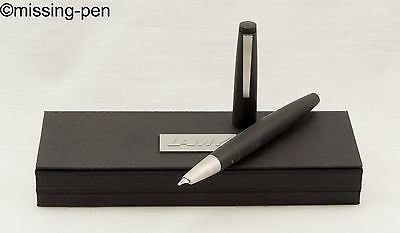 LAMY 2000 Piston Fountain Pen - in Black model 01