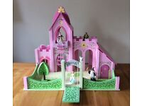 Wooden Fairytale castle by Le Toy Van