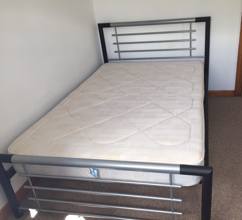 Small Double Bed Three Quarter Size Bed In Insch