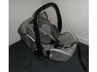 Recaro Young Profi Plus Baby Car Seat w/Isofix Base