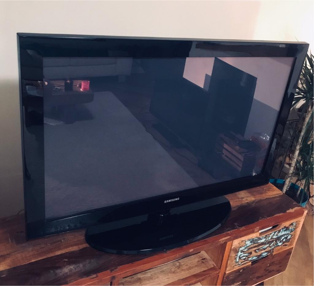 "Samsung Plasma Display Flat Screen TV 42"" | in Westbury On Trym, Bristol |  Gumtree"