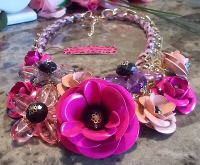 BETSEY JOHNSON ROSE COLOR ENAMEL AND RHINESTONE CLUSTER FLORAL CHAIN NECKLACE