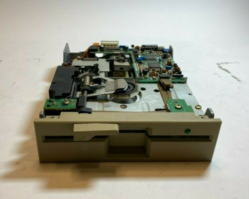 Mitsubishi MF504C-318UG 5.25 Floppy Disk Drive Read - As Is