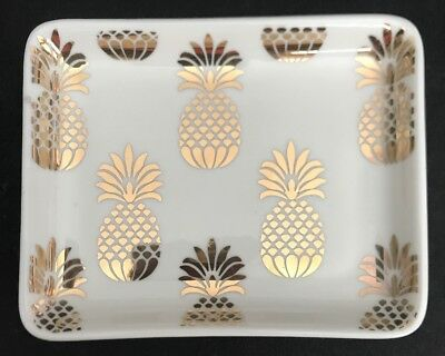 "Room & Retreat 5"" X 4"" White & Gold Ceramic Pineapple Trinket / Ring Dish / NWT"