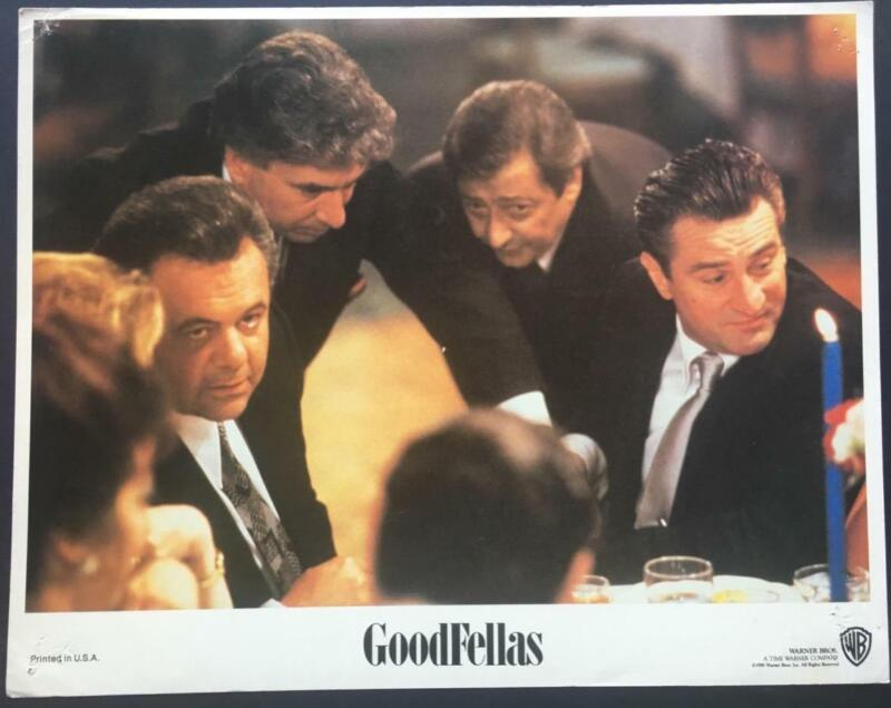 Robert De Niro AS James Conway Paul Sorvino  Goodfellas 1990 lobby card 2527