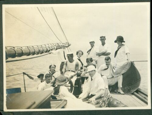 1912 party time  On the Yacht- Hawaii, outside Honolulu Harbor, Hawaii Photo #4