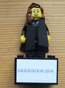 LEGO MINIFIGURE FEMALE GRADUATE 2018 ON PLINTH CAKE TOPPER GRADUATION GIFT
