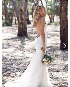 Brand new wedding dress - mermaid/low back