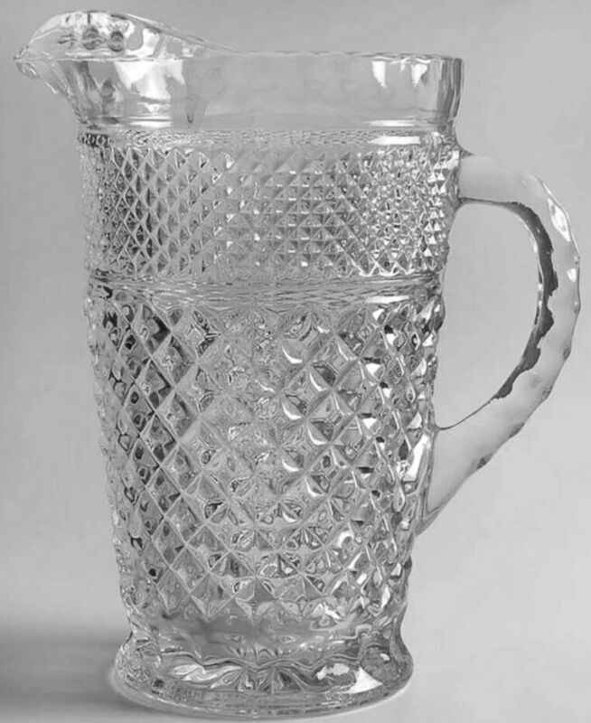 Anchor Hocking Wexford Crystal 64oz Tea Pitcher Vintage in Mint Condition!!!