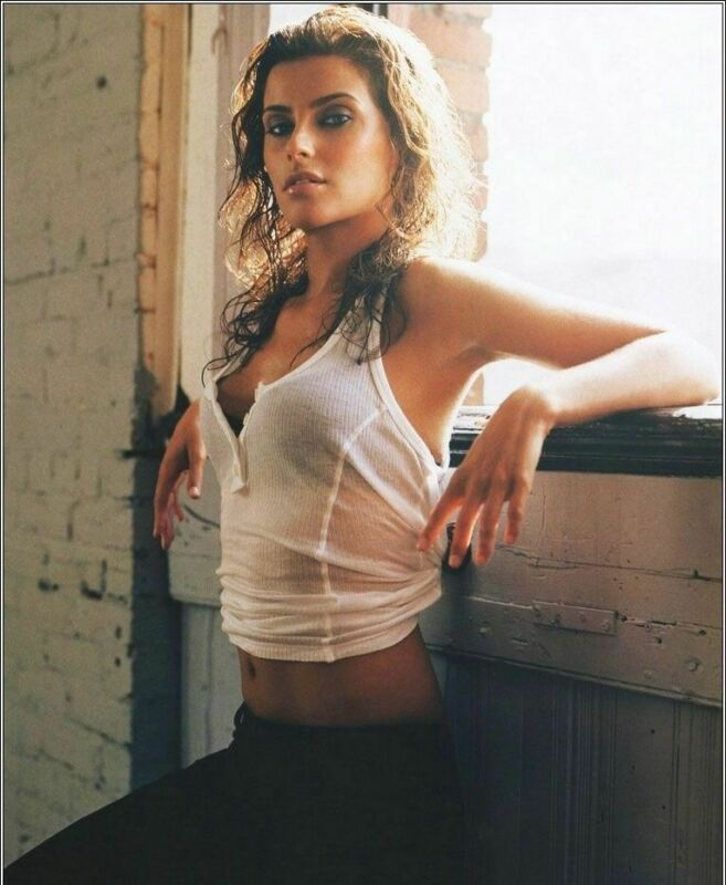 NELLY FURTADO 8X10 GLOSSY PHOTO PICTURE IMAGE #3