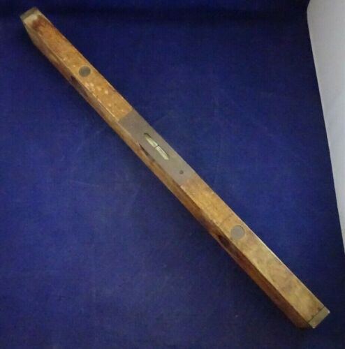 """STRATTON BROTHERS GREENFIELD MASS LEVEL 26"""" OLD HAND TOOL"""