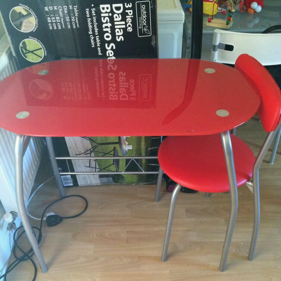 Red glass table and 2 chairs dining table in Accrington  : 86 from www.gumtree.com size 932 x 932 jpeg 94kB