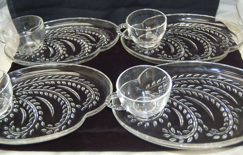 Federal Glass Co Hospitality 4 Plates & Cups Crystal Snack Set w/ Box Vtg  S6524