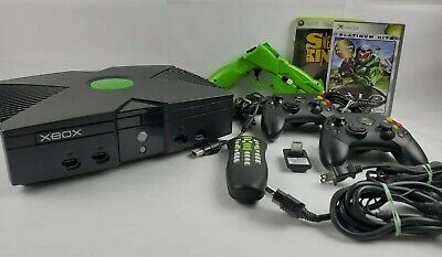 Microsoft Original Xbox Bundle w/ 2 Controllers, 1 Gun, and DVD& 2 Games TESTED
