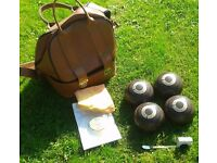 Henselite Lawn (or crown green) bowls. Set of four in leather bag with accessories