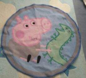 Peppa pig round mat.George Pig and Dragon. £1.50