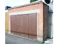 Double Garage for rent !