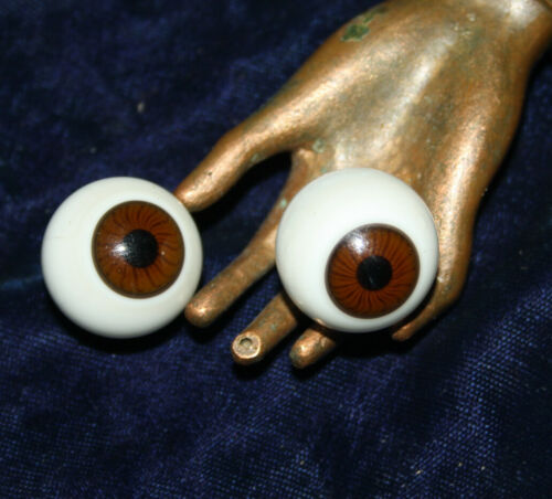 "Antique vintage brown Doll Eyes glass diameter c7/8"". 21mm"