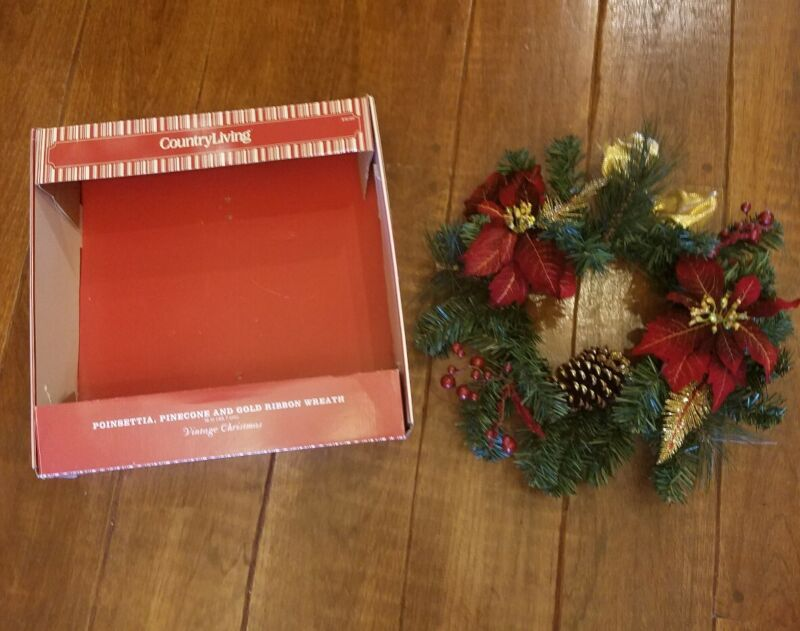 Country Living Holiday Vintage Christmas Wreath Red w Metallic EUC