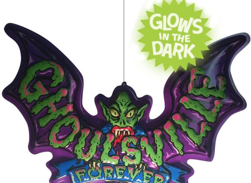 "Ghoulsville 3-D Hanging Glow In The Dark Bat Retro Halloween Decor 22""w 3d"