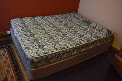 Queen Bed mattress and base