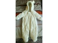 NEW WITH TAG unisex baby boy / girl snowsuit pramsuit 3-6 months