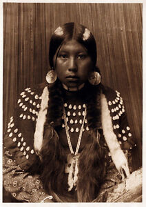 Dusty-Dress-New-Reproducion-Of-A-Vintage-Native-American-Indian-Photograph