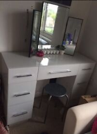 LARGE WHITE GLASS VANITY DRESSING TABLE
