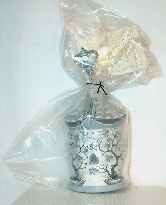 """Patricia Breen """"Zenskep / Black Chinoiserie"""" 2009 Ornament"""