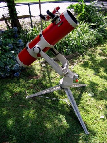 """Edmund 8"""" Fork Mount Telescope With RKE Eyepieces in Case"""