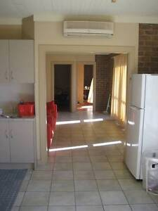 ATTENTION – ROOMS AVAILABLE $130 P/W – INTERNATIONAL STUDENTS Hindmarsh Charles Sturt Area Preview